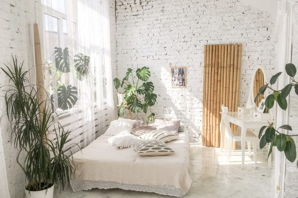 light-boho-style-bedroom-with-natural-plants.jpg